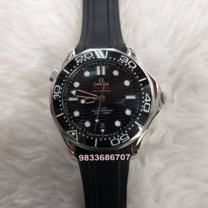 Omega Seamaster Diver Professional Steel Bezel Rubber Strap Swiss Automatic Watch